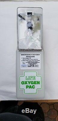Life Emergency Oxygen Unit Wall Mounted Unit Oxygen Pack