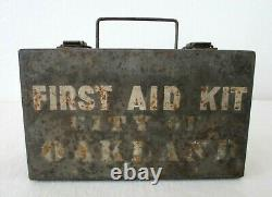 WWII Oakland City Davis Emergency Equipment Co First Aid Medic Kit Supplies Box